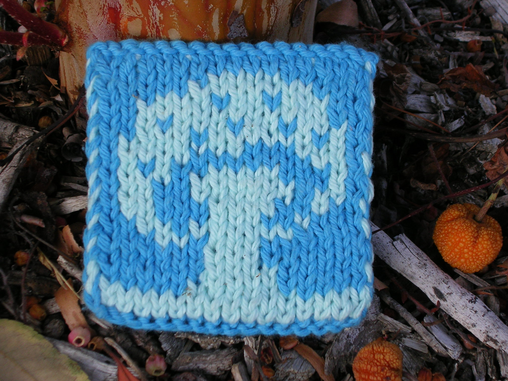 mushroom double knit coaster - free pattern sg-creations